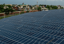 The Valenzuela Solar Farm in the Philippines. Experts and advocates are urging the Philippines to transition from fossil fuels to renewable energy. Copyright: IMF Photo/Lisa Marie David, (CC BY-NC-ND 2.0). This image has been cropped.