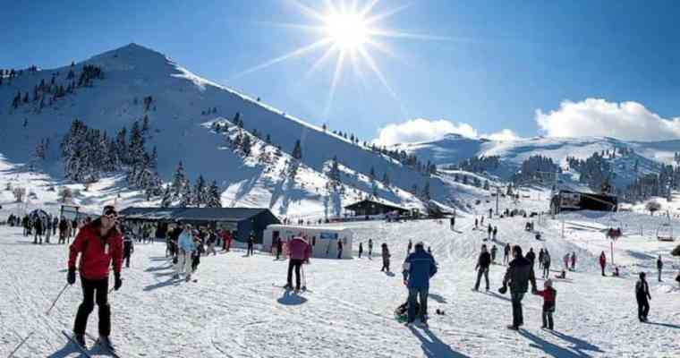 Skiing and snowboarding near Athens!