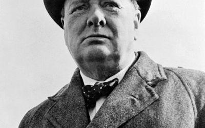 Pouvez vous m'indiquer la liste des romans liés au personnage de Winston Churchill?