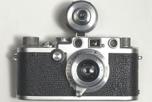Leica IIIf de 1952 avec son viseur additionnel