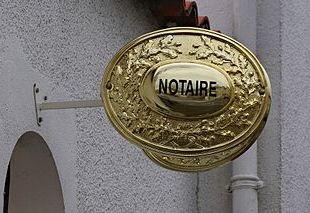 photo d'une enseigne notariale
