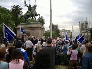 photo d'une manifestation des Mères de la Place de Mai, 2005