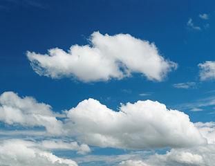 Où se forment les nuages? Au-dessus de la mer ou de la terre ? (j'ai huit ans)