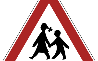 La Suède offre-t-elle à ses citoyens des aides pour la garde d'enfants ou des réductions d'impôts pour ces services ?