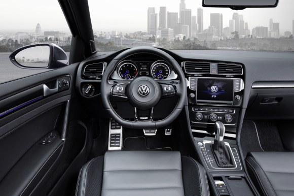 VW-Golf-R-Variant-014