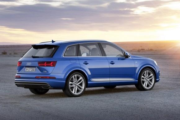 Audi-Q7-New-2016-2