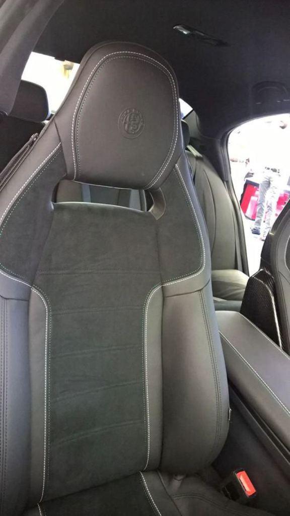 Alfa-Romeo-Giulia-Interior-full-6