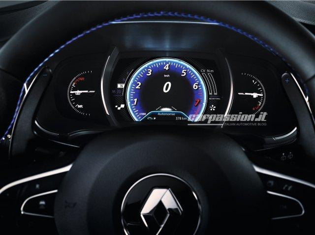 Renault-Megane-2016-10