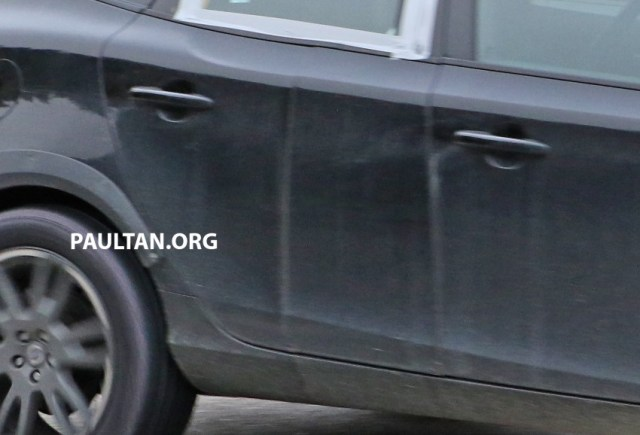 2015-volvo-xc40-test-spy-test-mule-9-copy-850x578