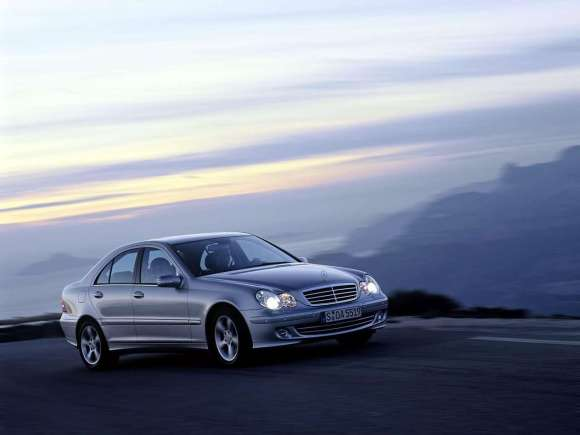 Mercedes-Benz-C220_CDI_Avantgarde_2004_1280x960_wallpaper_03