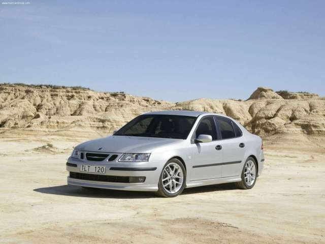 Saab-9-3_Sport_Sedan_2005_1280x960_wallpaper_07