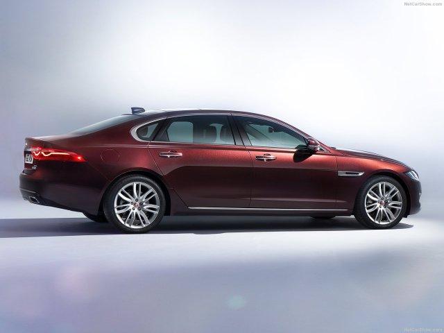 Jaguar-XFL-2017-1280-03