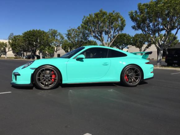 Porsche-911-GT3-3