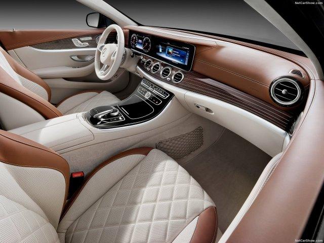 Mercedes-Benz-E-Class_Estate-2017-1280-30