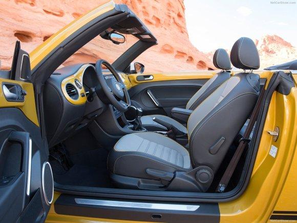 Volkswagen-Beetle_Dune-2016-1280-1c