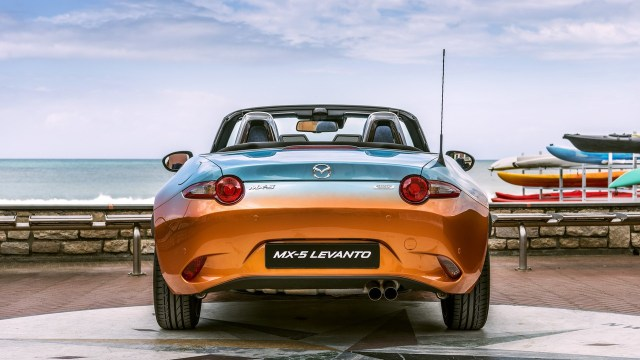mazda-mx-5-levanto-by-garage-italia-customs (3)