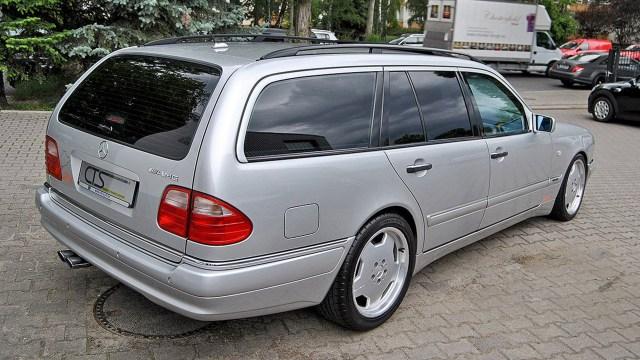 1998-mercedes-e55-amg-wagon-ex-michael-schumaher (2)