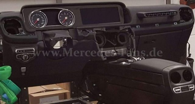2017-Mercedes-G-Class-interior-dashboard-leaked-image-1024x549