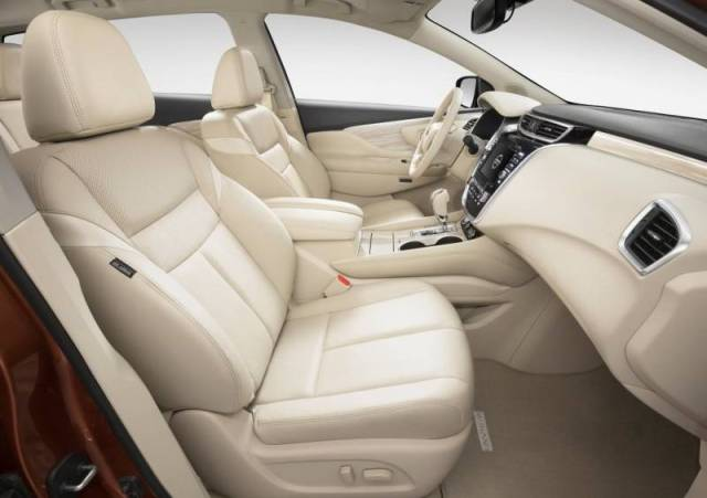 2017-Nissan-Murano-interior-front-leather-seats-steering-wheel