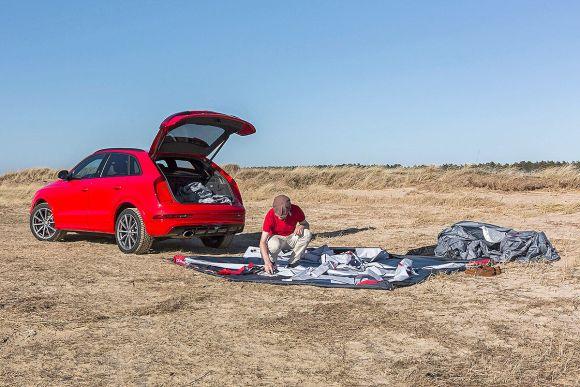 Audi-RS-Q3-mit-Heckzelt-1200x800-435c2a7e8603f742