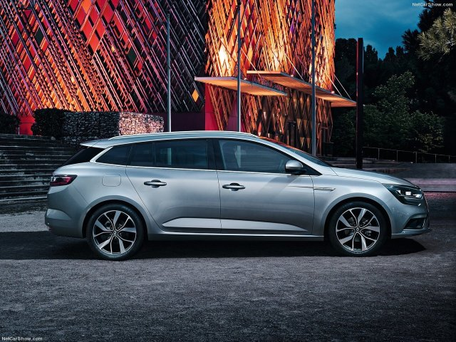 Renault-Megane_Estate-2017-1280-0a
