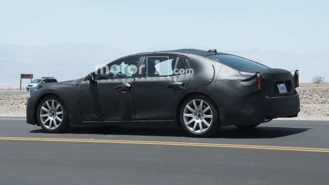 lexus-ls-spy-photos (4)