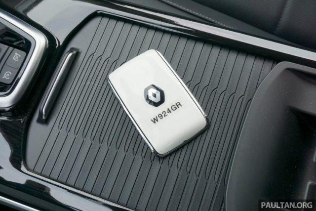 2016-Renault-Koleos-review-59-850x567