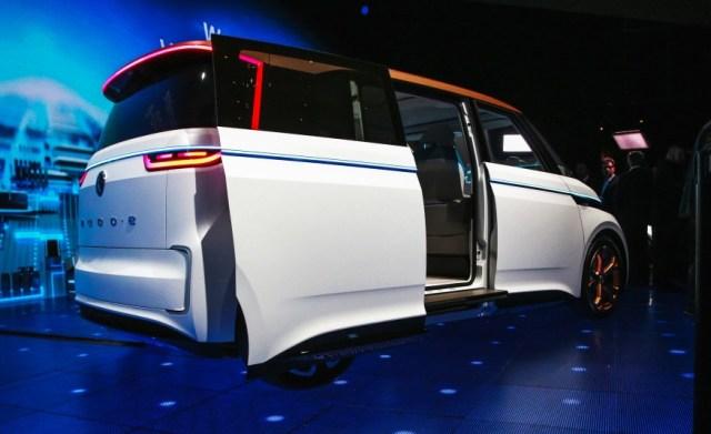 Volkswagen-BUDD-e-concept-1041-876x535