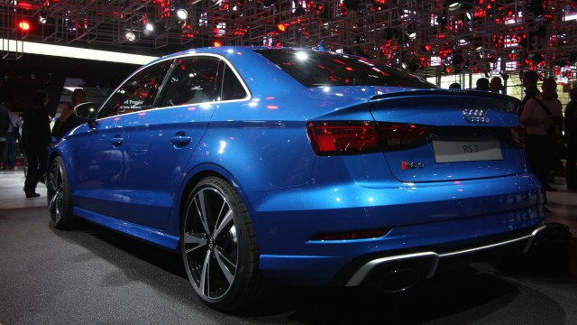 2017-audi-rs3-sedan-paris-motor-show-1