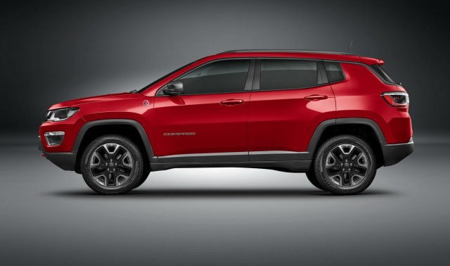 jeep-compass-trailhawk-24-1