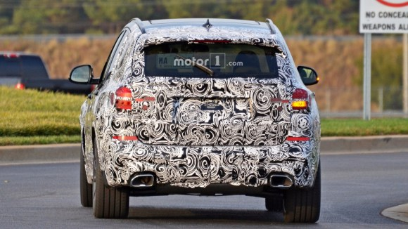 2018-bmw-x3-spy-photo-5