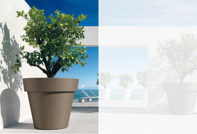 Non dimenticare gli accessori, che renderanno l'ambiente personale e accogliente. Vasi In Plastica Vasi Di Design Fioriere Di Design Arredo Esterni E Interni Euro3plast