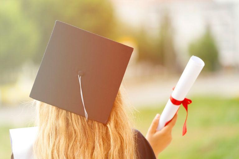 Validar diploma brasileiro na Espanha: como solicitar