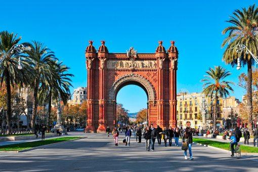 vantagens e desvantagens de viver em barcelona