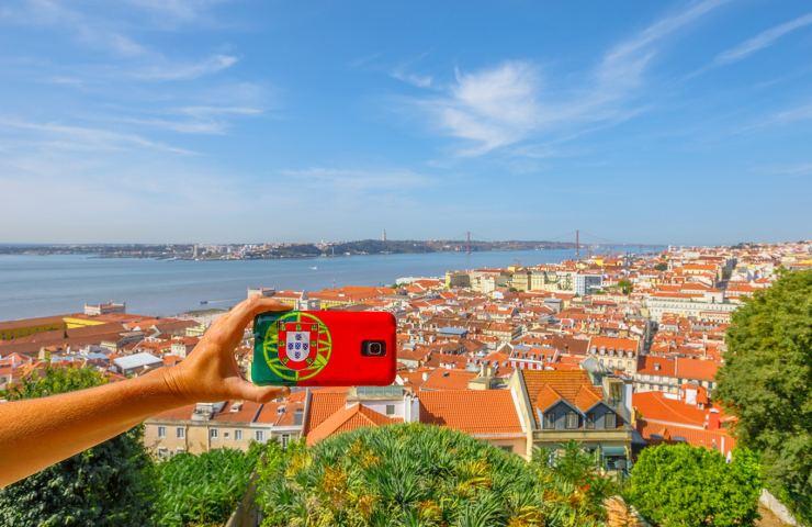 grupo de brasileiros em portugal