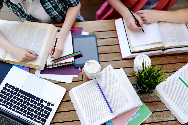 quanto custa morar fora para estudar