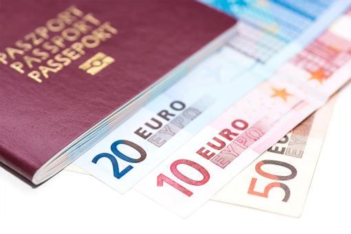 qual a diferença do euro comercial e turismo