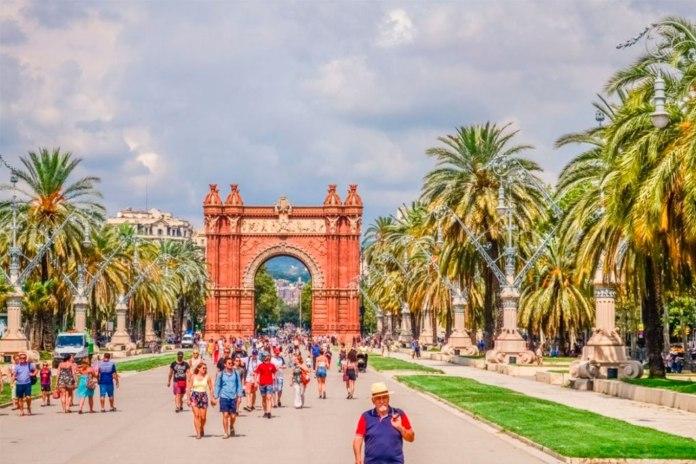 Como estudar na Espanha: o guia completo para estudar no país