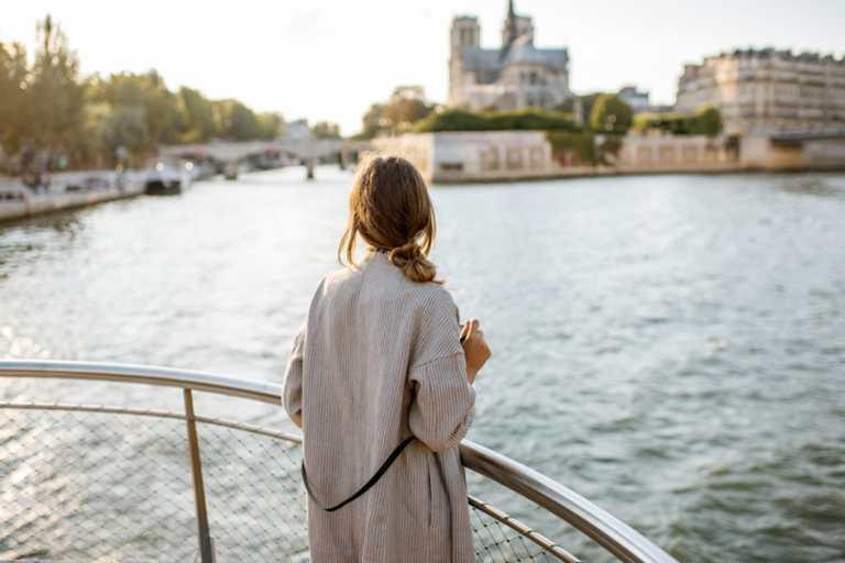 Vantagens e desvantagens de morar na França: conheça as principais