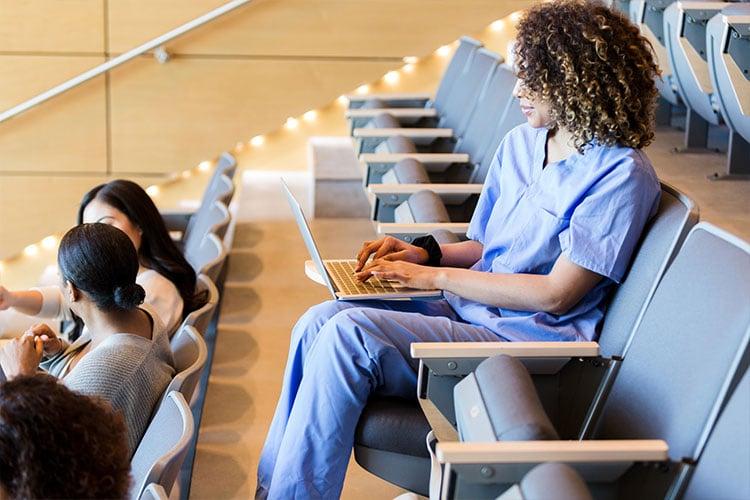 Estudante de medicina na Espanha