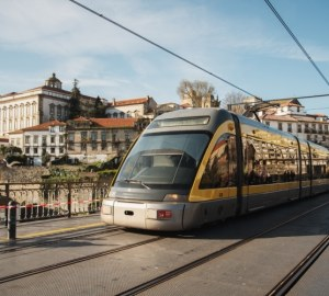 Transporte público em Portugal