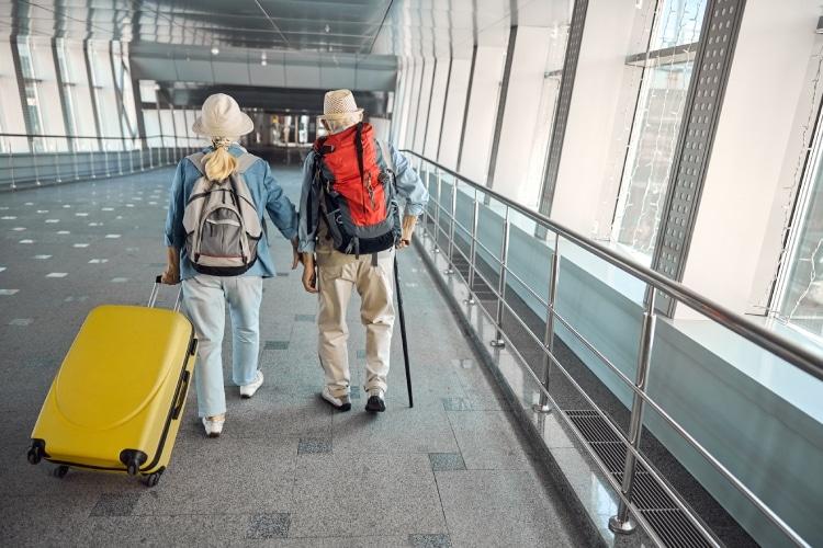 Melhor seguro viagem para idosos