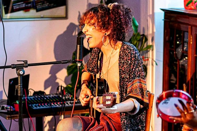 Kali Peres toca música brasileira no Porto e Lisboa