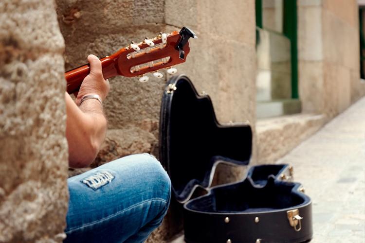 O Porto é a cidade mais recomendada para músicos de rua em Portugal