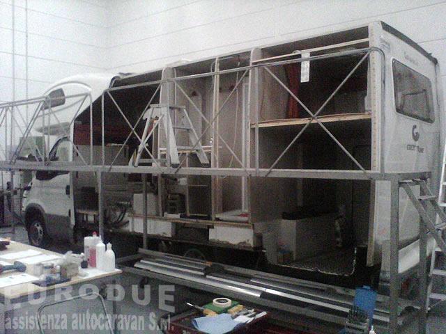 Assistenza e riparazioni camper caravan autocaravan roulottes montaggio accessori EURODUE Srl