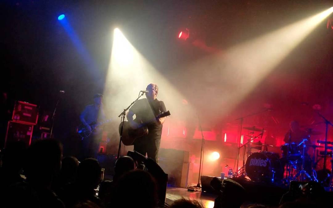 Concierto de Pixies: la llama del indie que no cesa