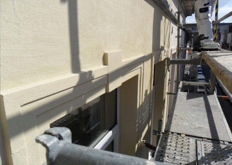 Réparation de façade avec échafaudage