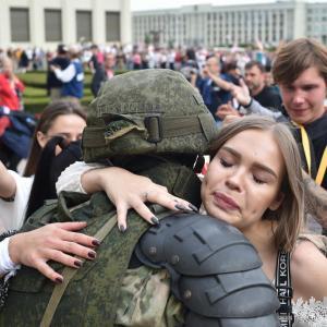 Bajban van Lukasenka, a nagy barát
