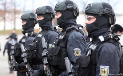 مكافحة الإرهاب .. مقاربات مختلفة . للكاتب أرنولد كريلينستن