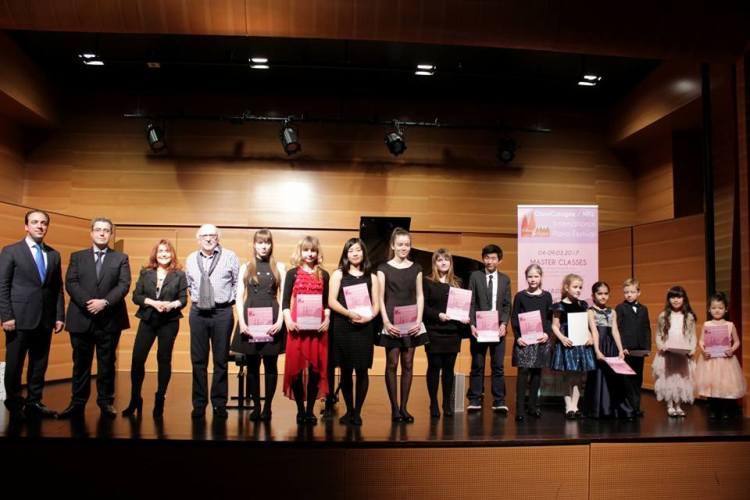 Das Clavicologne NRW - internationale Klavierfestival und -Wettbewerb fand vom 4. bis 16. März 2017 an der Hochschule für Musik und Tanz Köln statt.